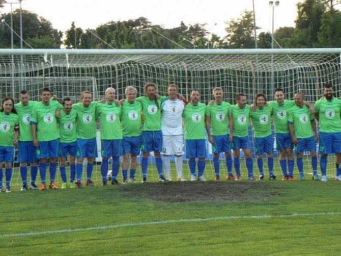 18/6 Nazionale Italiana Deejay vs Emergenza Debiti - partita di beneficenza @ Stadio A. Caocci c/o Parco Fausto Noce Olbia