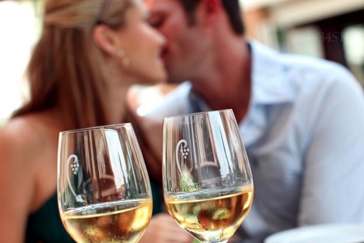 tango date
