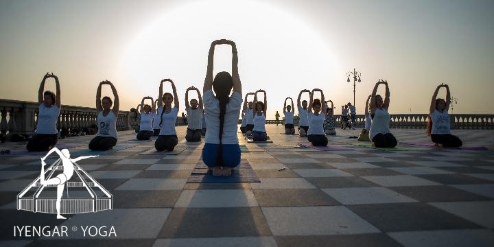 Presentazione corsi di Iyengar Yoga a Livorno