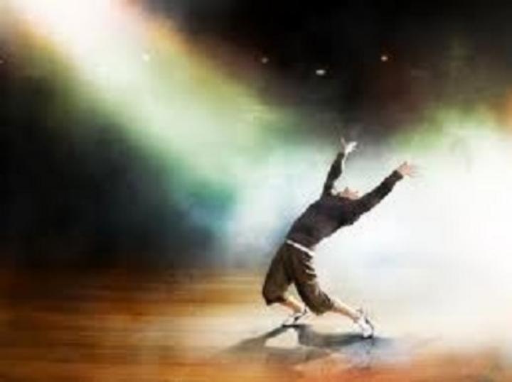 Dance to Awaken the Heart: Music, Movement, M