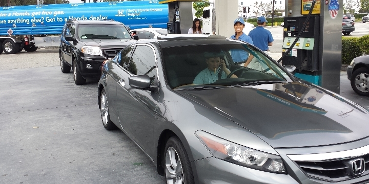 Helpful Honda Kicks off Memorial Day Weekend With Free Gas for Honda Drivers!