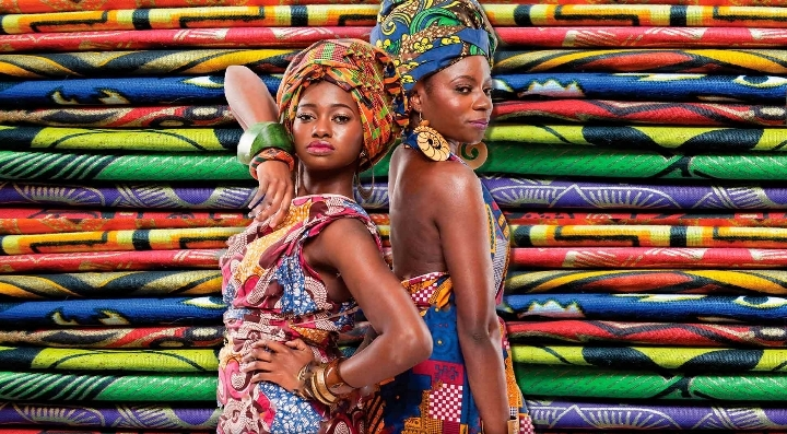 AFROCOLORS - African Fashion Mark. United Col
