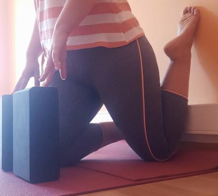 Vinyasa Yoga in English-All Levels