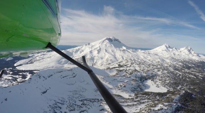 WINTER WONDERLAND HELICOPTER SNOW TOUR!