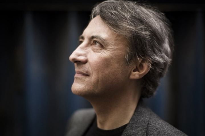 Jean-Efflam Bavouzet et l'Orchestre Philharmo