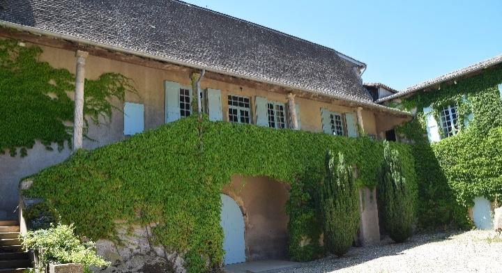 Joyeuses Pâques au Château des Bachelards à Fleurie