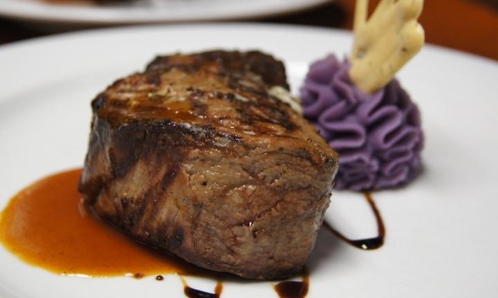 Community Night at Joseph's Steakhouse with B
