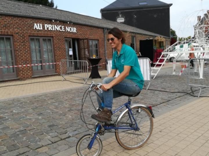 Scène de villages - Vélos Fous