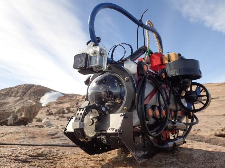 大人の科学バー・水中ロボット編Vol.3「世界初!  深海ロボット工学者が南極に行って湖底