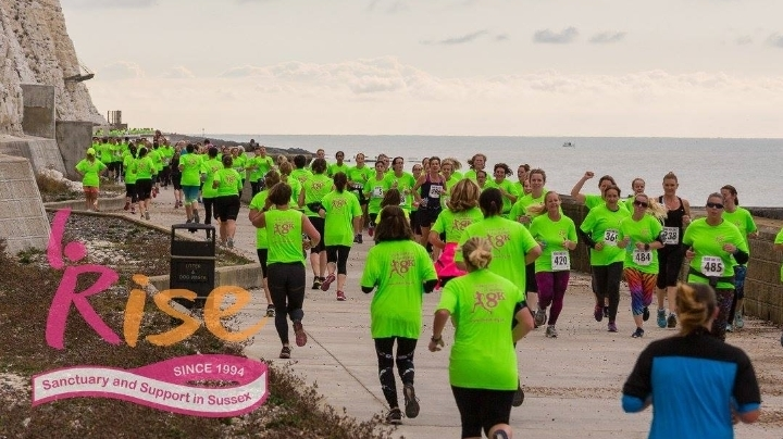 8K Undercliff Run for Women