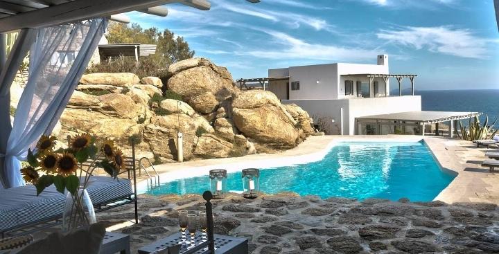 Luxury Yoga Holidays in Mykonos