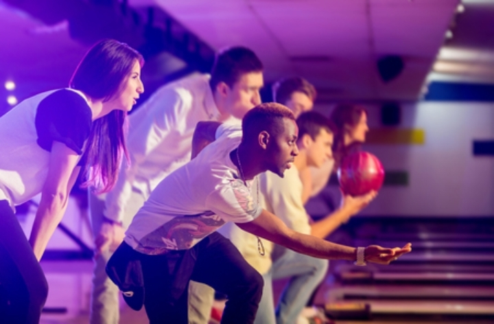 Bowl for fun and funds at launch event in Chi