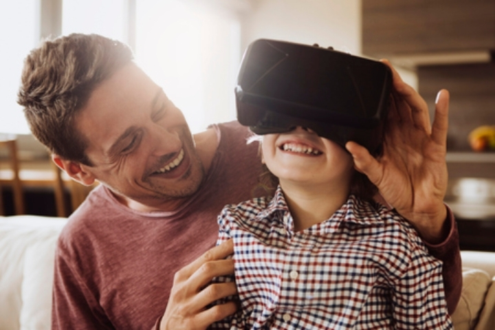Be a virtual reality star at The Mall Wood Gr