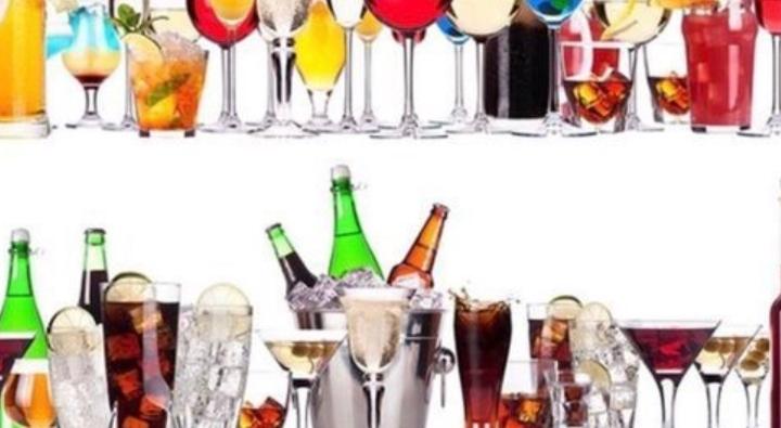Fun chat @ a friendly bar / 楽しくおしゃべりしながら飲みましょ