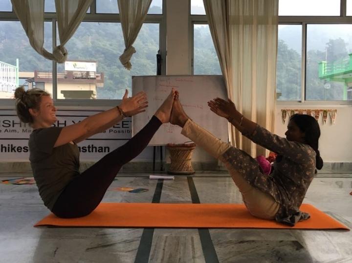 200 Hour Yoga TTC in Rishikesh