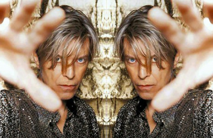 BOWIEx2 featuring BowieVision