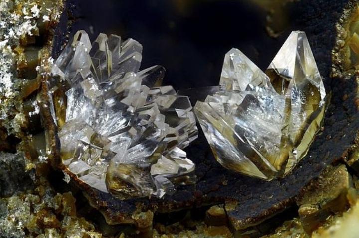 La Giornata Mondiale dei Cristalli