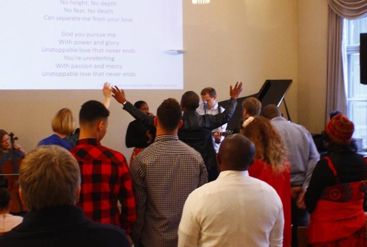 Bilingual (English & Finnish) Sunday Service