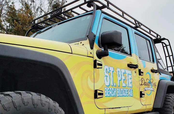 Jeep Meet at 3 Daughters Brewing