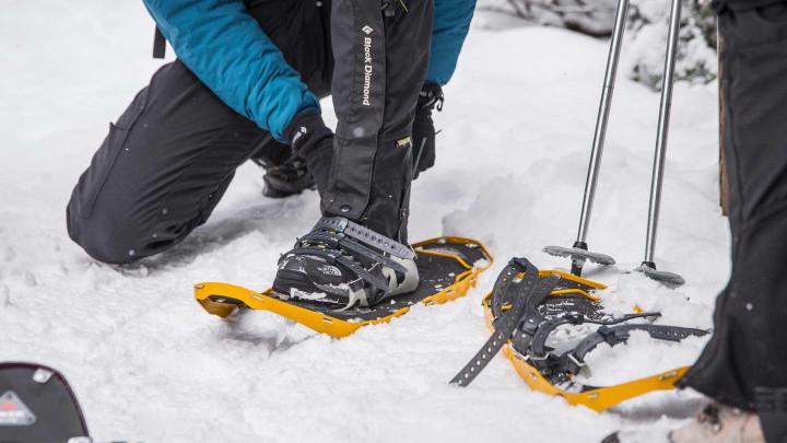 Snowshoeing Lanham Lake Trail at Stevens Pass