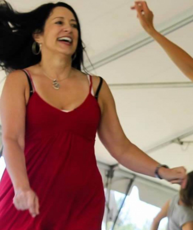 Dance Friday Suzy Spivey – JourneyDance, Drum