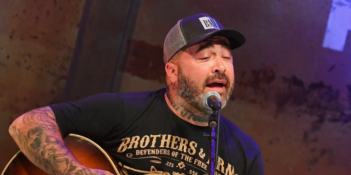Aaron Lewis at The District, Sioux Falls, SD